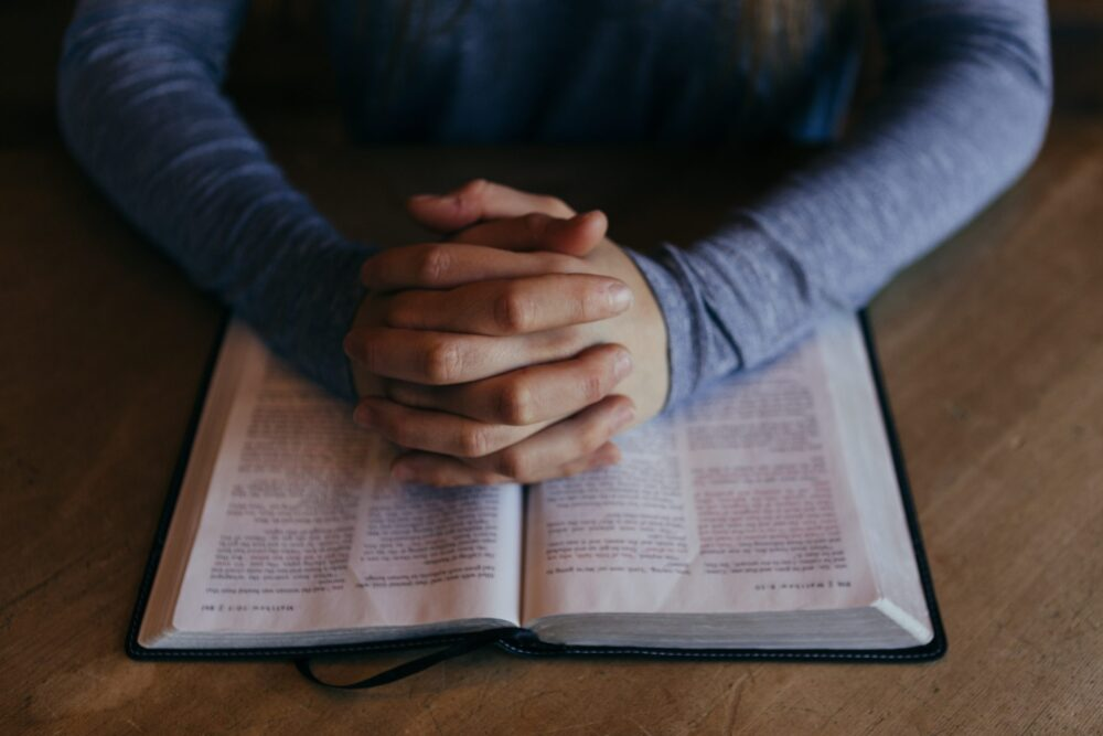 Using written prayers as part of your worship and prayer